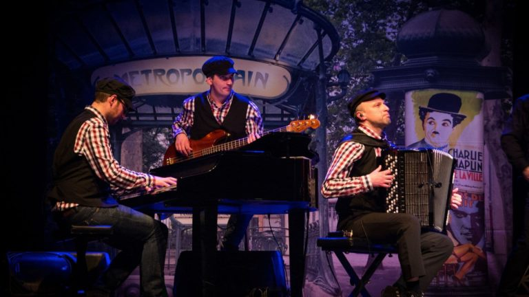 French Cabaret Musicals Ca C'est Paris Show Live Musicians